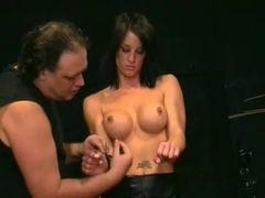 Daniela submissa do marido
