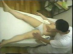 Massagista tarado e sua paciente pt02